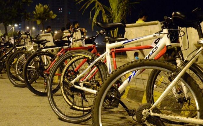 Midnight Cycling Mumbai