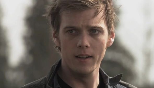 Jake Abel Height