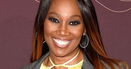 Yolanda Adams Height