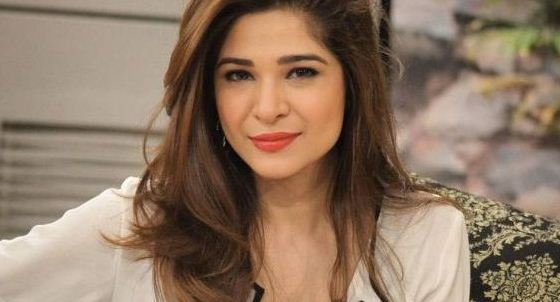Ayesha Omar Height