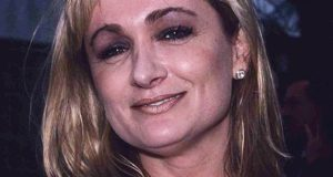 Caroline Aherne Height