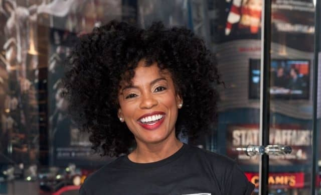 Aunjanue Ellis Height
