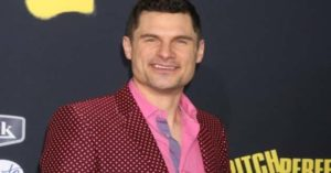 Flula Borg Height