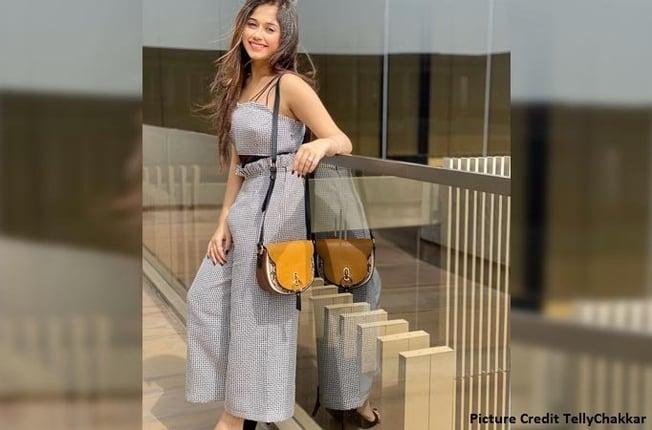 Jannat Zubair Terrible Wardrobe Malfunction
